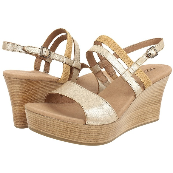 cd000ea9478 Lira Gold Washed Leather Wooden Wedge Sandals 10 NWT
